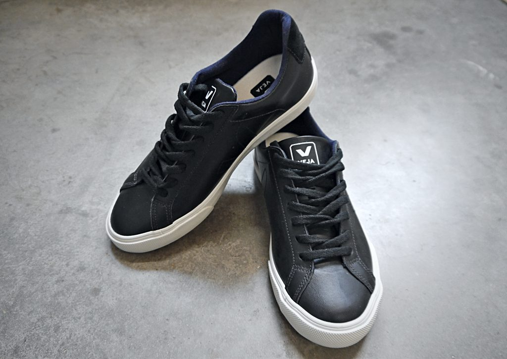 d276437eead Veja är ett märke som tillverkar miljövänliga skor av hög kvalitet, under  schyssta produktionsvillkor. ♥
